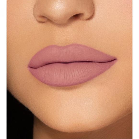 Kylie Cosmetic Lip Gloss